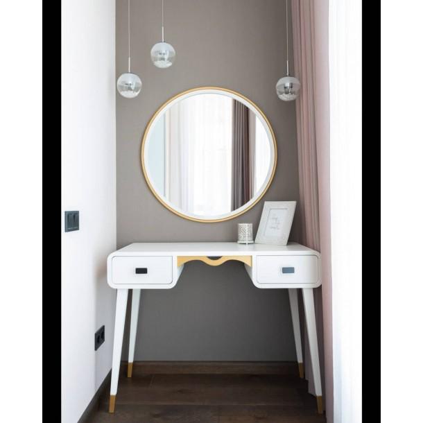 Туалетний столик з дзеркалом
